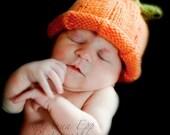 Knit Pumpkin Hat - Size Newborn