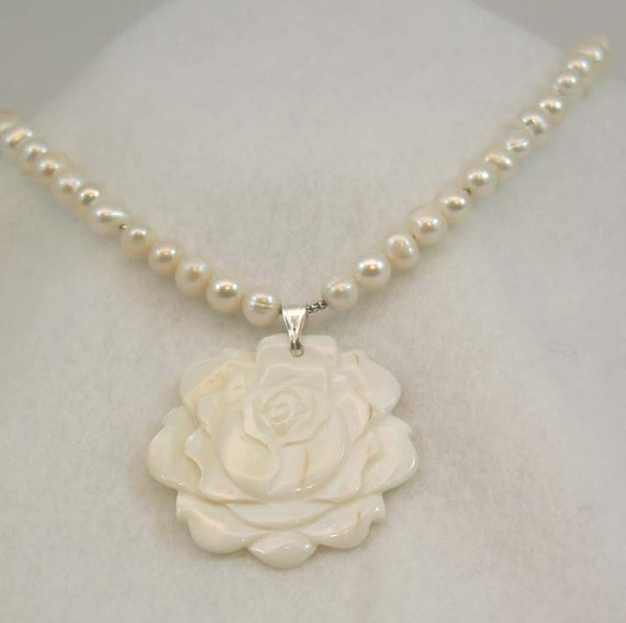 White Pearl Necklace with Rose Pendant