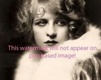 Old VINTAGE Antique GLAMOROUS FLAPPER Showgirl Photo Reprint