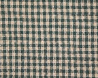 Homespun Fabric Green Medium Check 26 x 44