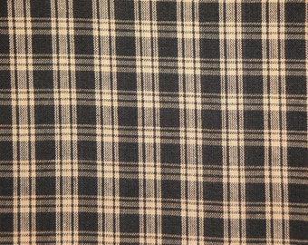 Black Plaid Fabric  |  Cotton Homespun Fabric  |  Basic Plaid Homespun Fabric  |  Rag Quilt Fabric | 1 Yard