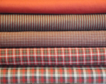 Fat Quarter Bundle Of 5 Red Cotton Homespun Fabrics | LAST ONE