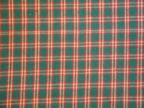 Homespun Fabric Green, Red And Natural Small Plaid 43 x 44
