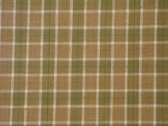 Cotton Homespun Fabric Green, Brown And Natural Medium Plaid 68 x 44 End Of The Bolt