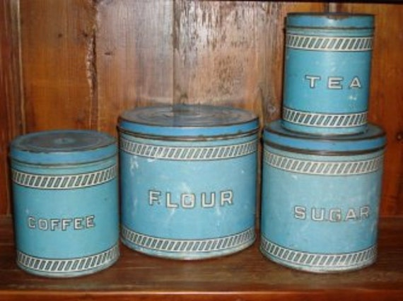 Tin Kitchen Canisters Vintage Set Of 4