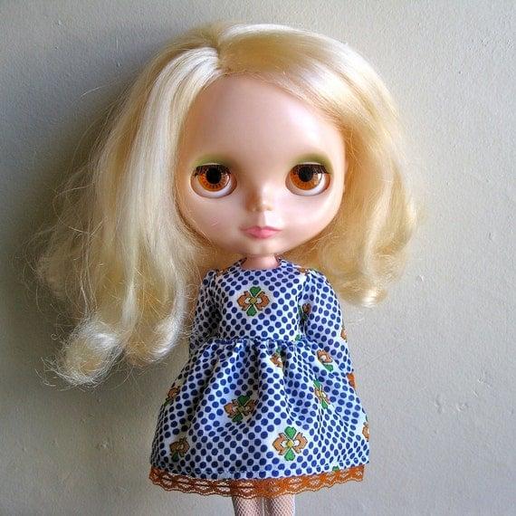 my generation vintage dress for blythe