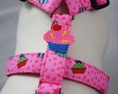 Dog Harness - Cupcake Cutey