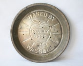 Wassell Pie Plate - REALLY GOOD - Advertising - Metal - Apple Pie - Perforated - Baking