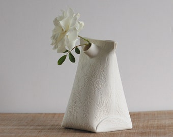 modern porcelain mini vase. handmade ceramic bud vase. Artful Dodger Variations (Object N.3 Large) by Wapa Studio.