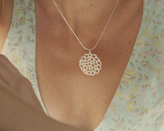 Gardenia - porcelain and  sterling silver necklace. Design by Wapa Studio.