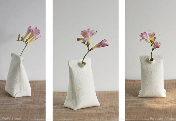 Artful Dodger Variations (Object N.3 Medium). Modern ceramic container. Artful porcelain mini vase by Wapa Studio.