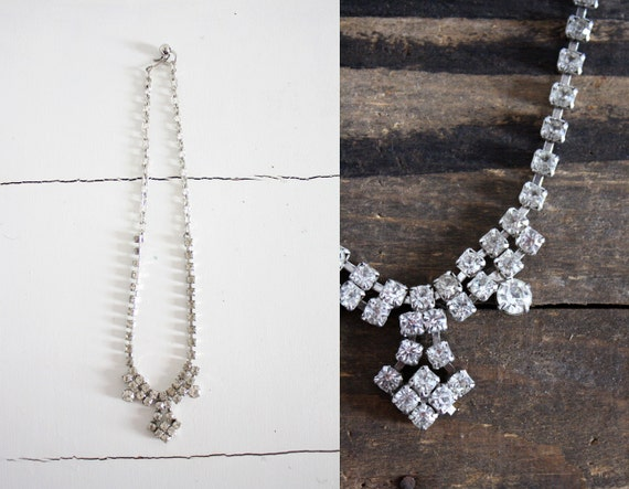 vintage. bridal. prom. mad men. 1950s. rhinestone chandlier necklace. costume.