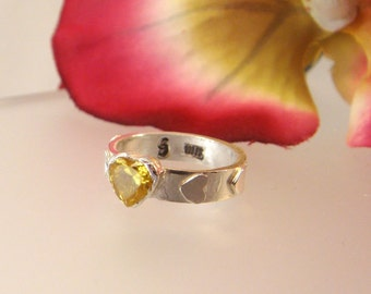 Peridot Love - Fine silver ring with a 6x6mm heart-shaped peridot CZ