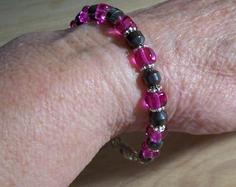 Beautiful Magenta Bead Bracelet