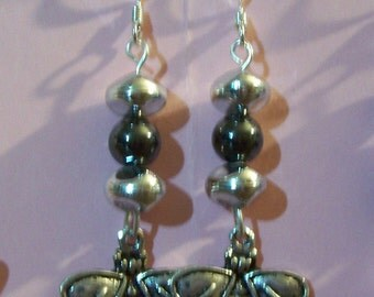 Hematite, Silver beads and Bees earrings