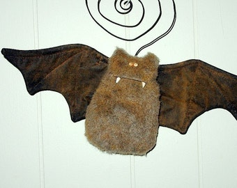 Bob th Bat, Primitive Folk Art Pattern