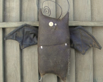 Kevin the Bat, A Primitive Pattern from Raven's Haven