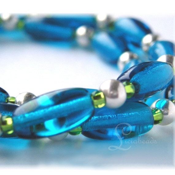 SALE  Riparian - Teal blue and lime green bead necklace