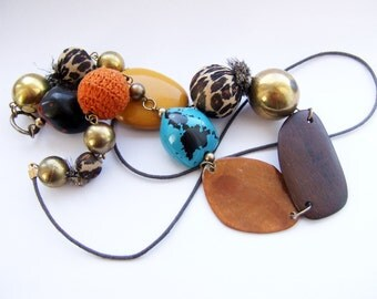 Funky Chunky 70s bead statement necklace