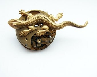 Steampunk lizard brooch