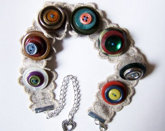 Buttontastic choker