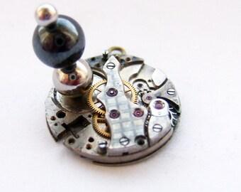 magnetic steampunk pendant