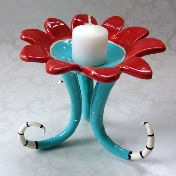 beautiful red & turquoise flower dish
