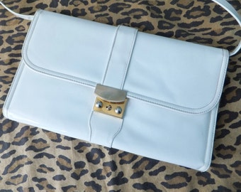 1970s white patent clutch / 70s white clutch purse / morris moskowitz giant envelope clutch