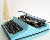 Vintage 1960's Royal Saturn Electric Portable Typewriter Sky Blue with Case