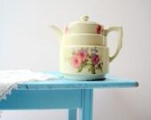 Vintage Spring Pastel Floral Hall China Teapot / Petunia