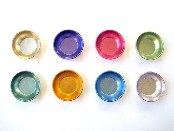 Vintage Colorful Aluminum Metal Bowls Summer Set