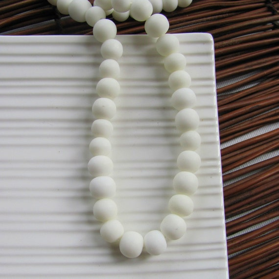 Small White Resin Beads x 10 (6-8mm)