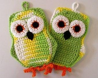 Set of 2 Funky Little Owl Potholders, Double Thickness, Lemon Lime