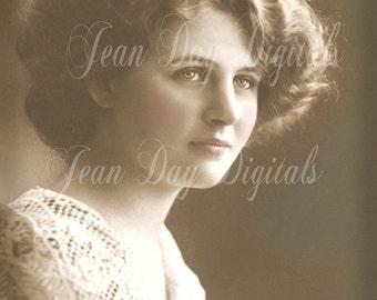 Isn't She Lovely, Elise Bartalier, Instand Digital, beautiful woman  French Postcard  FrA091