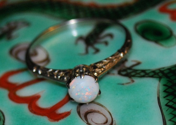 18K Gold Ca 1910 Opal Ring with Acanthus Pattern