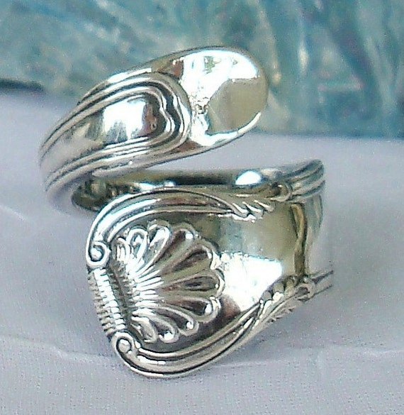 Vintage S. Kirk and Son Sterling Silver Beautiful Shell Kirk King Spoon Ring dmfsparkles