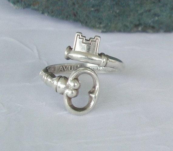 Vintage Sterling Silver Skeleton Key Bypass Spoon Ring  dmfsparkles
