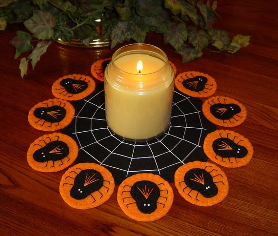 Hand Stitched Wool-Felt Halloween SPIDERS and WEB Penny Rug - Candle mat - Primitive - Folk Art - Fiber Art -Felt Applique - ofg - haguild