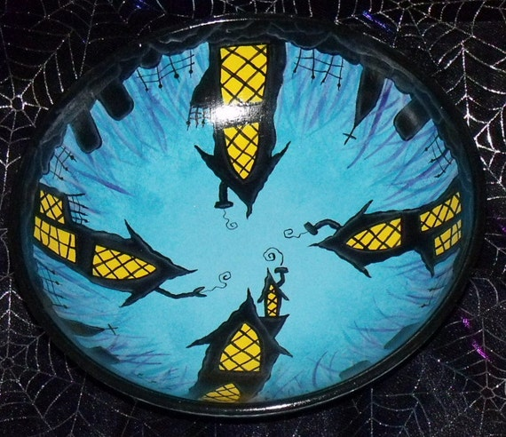 """Hand Painted 10"""" Halloween SPOOKY HOUSES and GRAVEYARD Scene Wooden Bowl"""