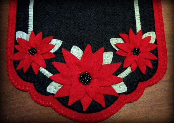 "Hand Stitched 42""x13"" Wool-Felt Holiday Poinsettia Table Runner Penny Rug with Black Glass Beads"
