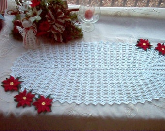 Red Poinsettias and Lace Centerpiece New Crochet Thread Art Oval Doily