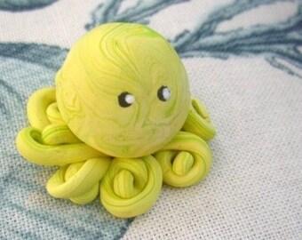 Little Octopus Mini Marble Friend in Lemon Lime Swirl