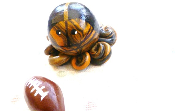 ONE Custom Mini Marble Octopus In Team Football Colors High School College or Professional