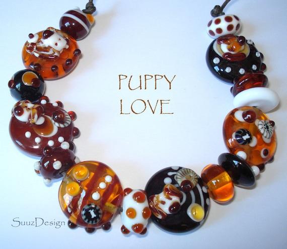 SuuzDesign  - - P u p p y  L o v e - -  handmade lampwork bead set  made in Paris