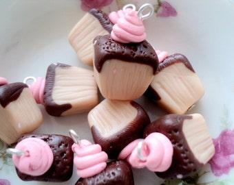 6pcs - Mini Cake Ice Cream - Choclate Strawberry