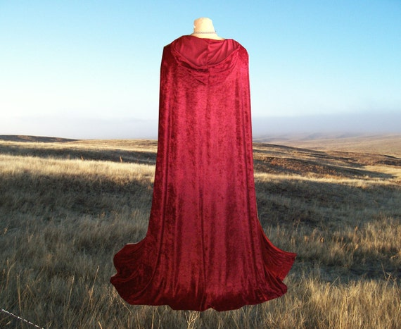 Little Red Riding Hood Garnet Red Velvet Hooded Cloak Cape Twilight Medieval Renaissance Vampire Halloween Costume