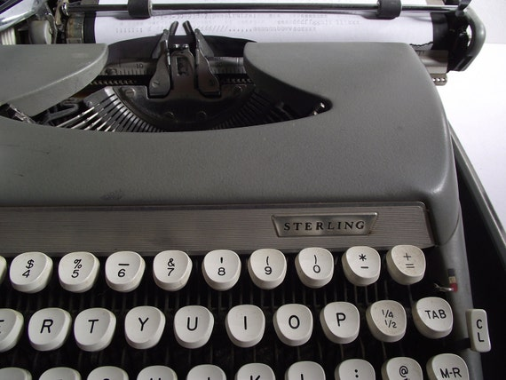 Smith Corona Sterling Portable Typewriter in Case