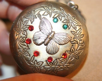 Large Simple Round Brass Locket With Antique Silver Butterfly Necklace - 1 pc
