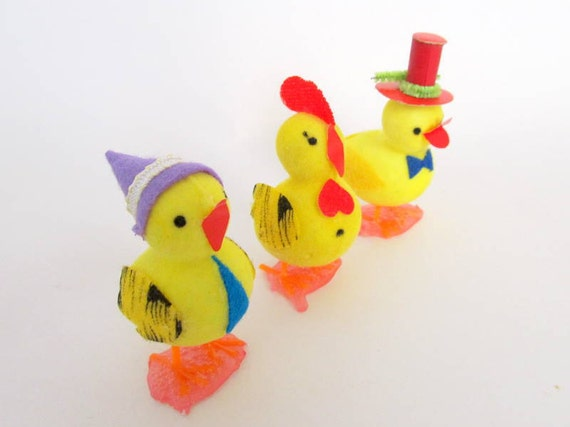 SALE Vintage Flocked Easter Chick Birds Set of 3 Easter Decoration