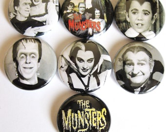 Munsters 7 one inch pinback/badges/buttons   Herman Lily Grandpa Eddie TV monsters 1313